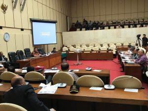Herman Khaeron Memimpin Rapat Dengar Pendapat dengan Direksi Perum Bulog