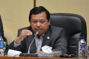 Herman Khaeron: Pengembangan EBT Butuh Payung Hukum yang Kuat