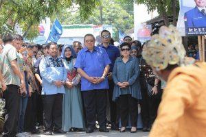 [Gallery] Kang Hero Dampingi Kunjungan SBY dan AHY di Cirebon
