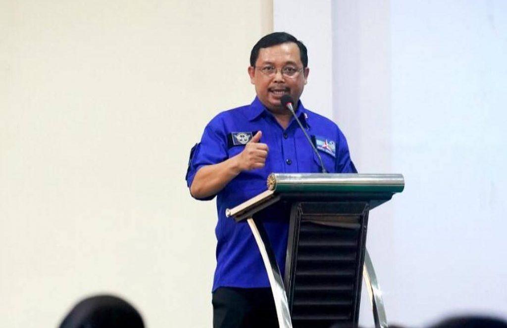 Herman Khaeron Dengarkan Curhat Petani Kopra Maluku Utara