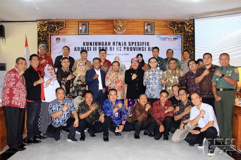 Pantau Kesiapan Pemilu, Komisi II DPR Datangi Bali